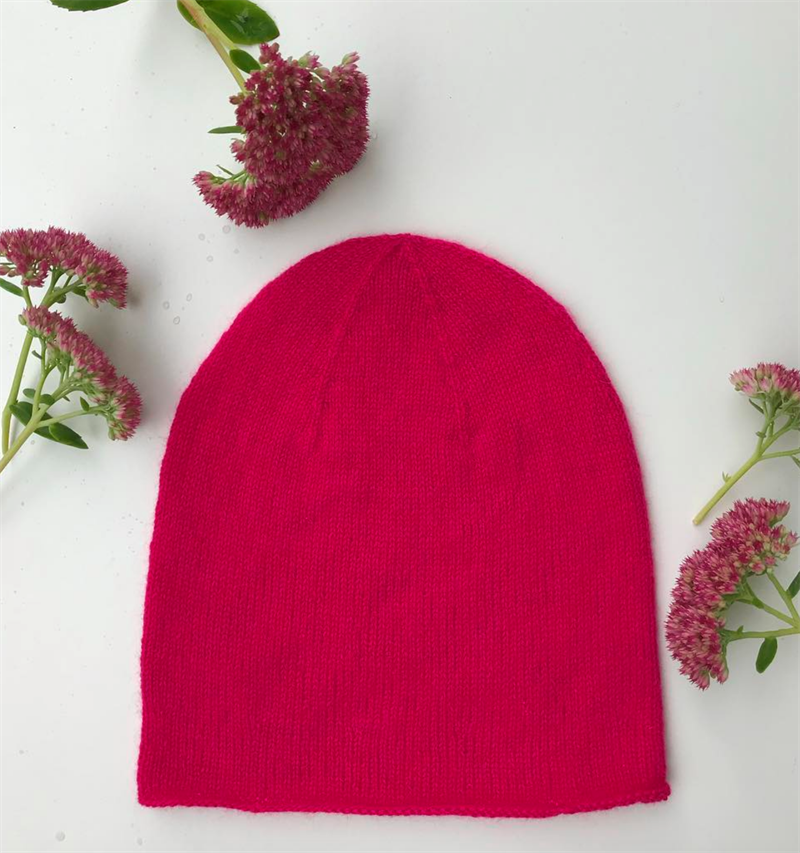 THE EVERYDAY CASHMERE HAT