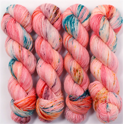 HF SOCK YARN -  farge TAFFY